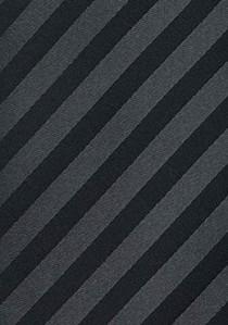 - Stilsicher gestreifte Clip-Krawatte in Schwarz